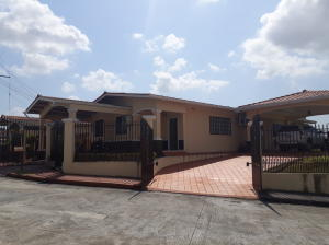 Casa En Alquileren San Miguelito, Villa Lucre, Panama, PA RAH: 18-1191
