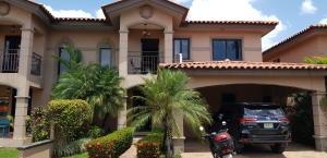 Casa En Ventaen Panama, Versalles, Panama, PA RAH: 18-1233