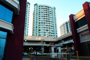 Apartamento En Alquileren Panama, Carrasquilla, Panama, PA RAH: 18-1344