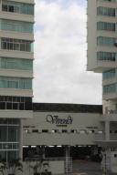 Apartamento En Ventaen Panama, Edison Park, Panama, PA RAH: 18-1389