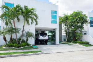 Casa En Ventaen Panama, Costa Sur, Panama, PA RAH: 18-1402