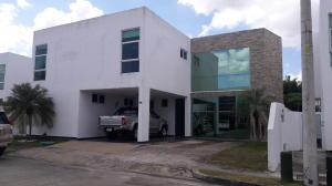 Casa En Alquileren Panama, Costa Sur, Panama, PA RAH: 18-1471
