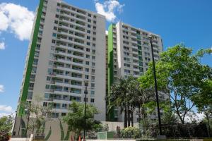 Apartamento En Ventaen Panama, Condado Del Rey, Panama, PA RAH: 18-1538
