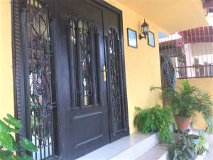 Casa En Alquileren Panama, Condado Del Rey, Panama, PA RAH: 18-1616