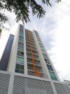 Apartamento En Alquileren Panama, Hato Pintado, Panama, PA RAH: 18-1650