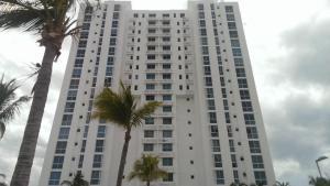 Apartamento En Alquileren Rio Hato, Playa Blanca, Panama, PA RAH: 18-1674
