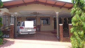 Casa En Ventaen Panama, Brisas Del Golf, Panama, PA RAH: 18-1746