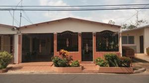 Casa En Ventaen Panama Oeste, Arraijan, Panama, PA RAH: 18-1870