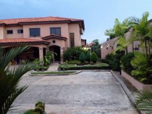 Casa En Ventaen Panama, Versalles, Panama, PA RAH: 18-1947