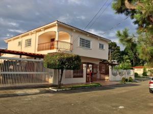 Casa En Ventaen Panama, Chanis, Panama, PA RAH: 18-1960