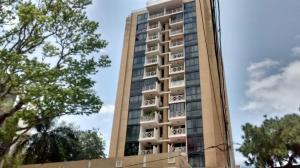 Apartamento En Alquileren Panama, Bellavista, Panama, PA RAH: 18-2084