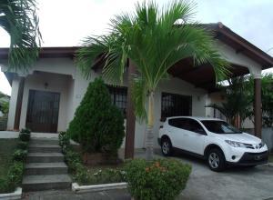 Casa En Ventaen Panama, Brisas Del Golf, Panama, PA RAH: 18-2188