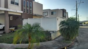 Casa En Alquileren Panama, Brisas Del Golf, Panama, PA RAH: 18-2191