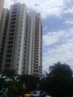 Apartamento En Alquileren Panama, 12 De Octubre, Panama, PA RAH: 18-2331