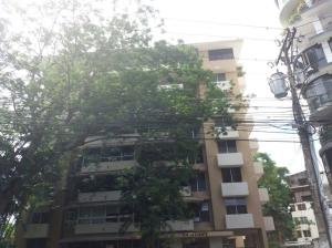 Apartamento En Ventaen Panama, El Cangrejo, Panama, PA RAH: 18-2405