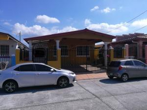 Casa En Alquileren Panama, Brisas Del Golf, Panama, PA RAH: 18-2475