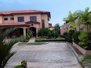 Casa En Alquileren Panama, Versalles, Panama, PA RAH: 18-2807