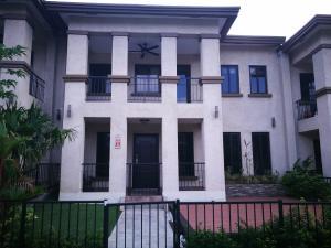 Townhouse En Alquileren Panama, Clayton, Panama, PA RAH: 18-2871