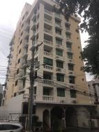 Apartamento En Ventaen Panama, San Francisco, Panama, PA RAH: 18-2896