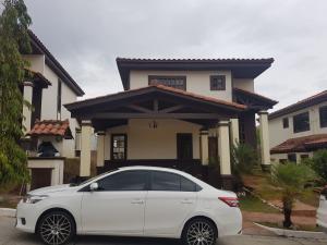 Casa En Ventaen Panama, Las Cumbres, Panama, PA RAH: 18-2903