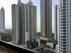 Apartamento En Ventaen Panama, Costa Del Este, Panama, PA RAH: 18-2927