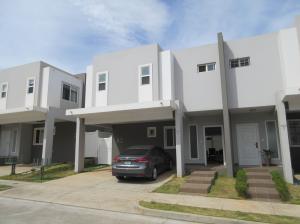 Casa En Alquileren Panama, Brisas Del Golf, Panama, PA RAH: 18-3042