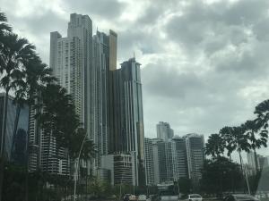 Edificio En Alquileren Panama, Avenida Balboa, Panama, PA RAH: 18-3096