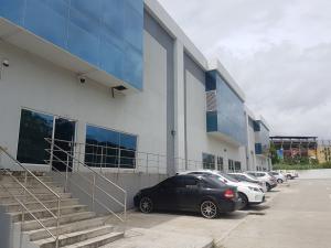 Galera En Alquileren Panama, Altos De Panama, Panama, PA RAH: 18-3116