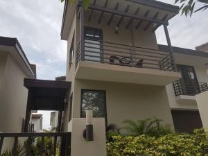Casa En Alquileren Panama, Panama Pacifico, Panama, PA RAH: 18-3169
