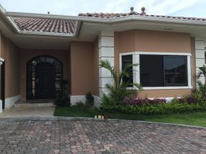 Casa En Alquileren Panama, Costa Sur, Panama, PA RAH: 18-3310