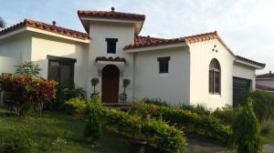 Casa En Alquileren San Carlos, San Carlos, Panama, PA RAH: 18-3311