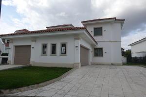 Casa En Alquileren Panama, Santa Maria, Panama, PA RAH: 18-3442