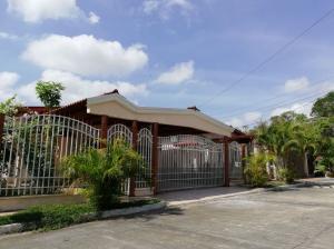 Casa En Ventaen Panama, Brisas Del Golf, Panama, PA RAH: 18-3376