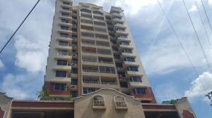 Apartamento En Alquileren Panama, San Francisco, Panama, PA RAH: 18-3387