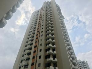 Apartamento En Alquileren Panama, San Francisco, Panama, PA RAH: 18-3421