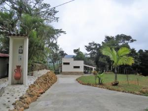 Casa En Alquileren Pacora, Cerro Azul, Panama, PA RAH: 18-3463