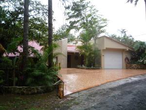 Casa En Alquileren Pacora, Cerro Azul, Panama, PA RAH: 18-3482