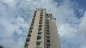Apartamento En Alquileren Panama, San Francisco, Panama, PA RAH: 18-3507