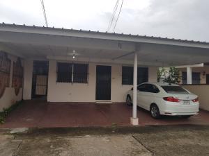 Casa En Alquileren San Miguelito, Villa Lucre, Panama, PA RAH: 18-3647