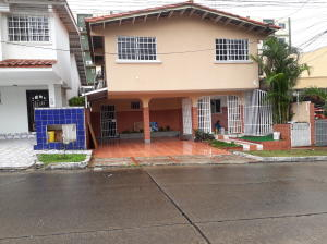 Casa En Alquileren Panama, Altos De Panama, Panama, PA RAH: 18-3674
