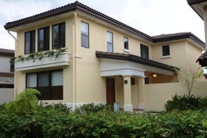 Casa En Alquileren Panama, Panama Pacifico, Panama, PA RAH: 18-3761
