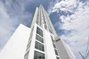 Apartamento En Alquileren Panama, San Francisco, Panama, PA RAH: 18-3827