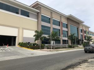 Local Comercial En Alquileren Panama, Albrook, Panama, PA RAH: 18-3889