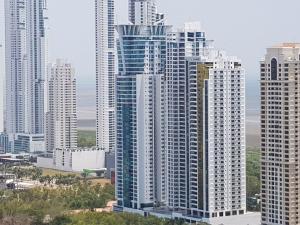 Apartamento En Ventaen Panama, Costa Del Este, Panama, PA RAH: 18-4165