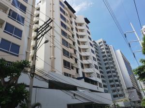 Apartamento En Alquileren Panama, San Francisco, Panama, PA RAH: 18-4275