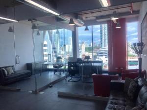 Consultorio En Alquileren Panama, San Francisco, Panama, PA RAH: 18-4278