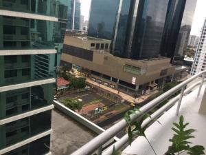 Apartamento En Ventaen Panama, Obarrio, Panama, PA RAH: 18-4331