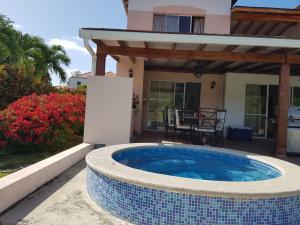 Casa En Alquileren Rio Hato, Playa Blanca, Panama, PA RAH: 18-4429
