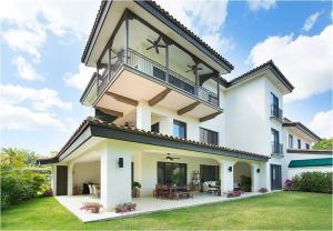Apartamento En Ventaen Rio Hato, Buenaventura, Panama, PA RAH: 18-4494