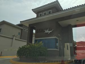 Casa En Ventaen Panama, Condado Del Rey, Panama, PA RAH: 18-4515